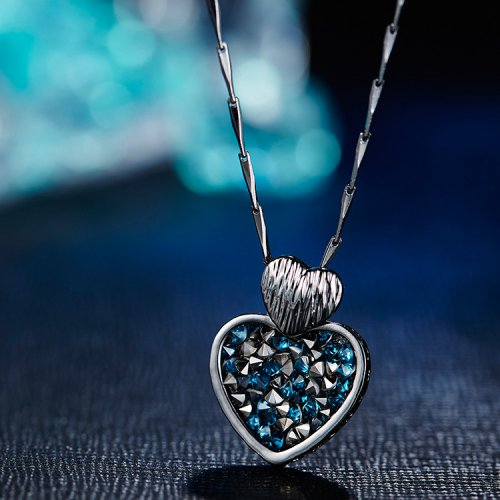 Faux Crystal Blue Heart Pendant Necklace