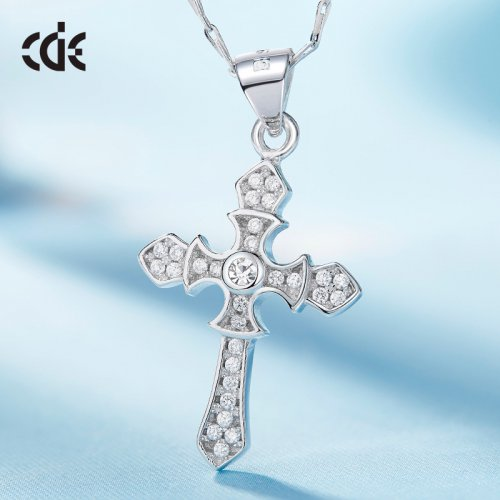 S925 Sterling Silver Crystal Cross Pendant Necklace
