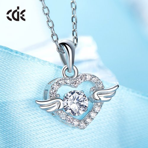 Dancing Stone | S925 Sterling Silver Swarovski Angelic Wings Sparkle Pendant Necklace